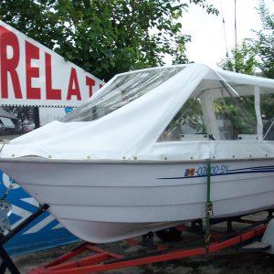 Prelata pentru protectia barcii tale